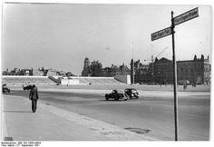 Berlin 1951. Blick auf den Marx-Engels-Platz.