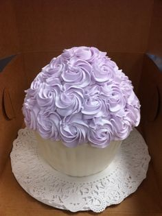 We push the artistry of the cupcake to new heights with our exotic designs, rich ingredients and proprietary methods....If you would like to order custom cupcakes of any style, shape, flavor, or combination of ingredients and visual goodies, our artists will sculpt delectable edibles that you will treasure forever. Call us today at 805-497-6111 or at ForHeavensCakes.com For Heavens Cakes™ 804 E. Thousand Oaks Bl. Thousand Oaks, CA 91360 #cupcake #cupcakes #cake #cakes   #dessert #desserts