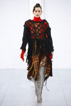 Fashion East Fall 2018 Ready-to-Wear Fashion Show Collection