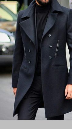 Mens Trench Coat style hairtutorials com is part of Fashion models men - I love this tailored peat While catered to a finer and not my own casual distressed sensibility, it Mode Masculine, Masculine Style, Fashion Brand, Fashion Models, Luxury Fashion, Fashion Coat, Black Men's Fashion, Fashion 2020, Fashion Fashion