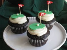 Golf Cupcakes - These were created for a party my husband went to after his neigborhood Ryder Cup. The hole is because it was the party :) These were inspired by ByrdieGirl Golf Cupcakes, Golf Cookies, Cupcakes For Men, Fondant Cupcakes, Themed Cupcakes, Cupcake Cakes, Fondant Toppers, Cup Cakes, Cupcake Toppers