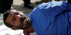 Мъж беше публично екзекутиран в Йемен за изнасилване и убийство на 3-годишно дете - https://novinite.eu/mazh-beshe-publichno-ekzekutiran-v-jemen-za-iznasilvane-i-ubijstvo-na-3-godishno-dete/  #Дете, #Екзекуция, #Изнасилване, #Новини, #Свят, #Убийство