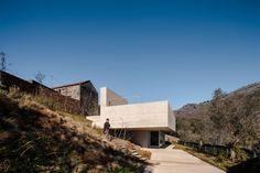 Galeria de Refúgio na Montaria / Carvalho Araújo, Arquitectura e Design - 6