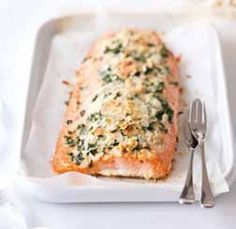 Mandlový losos / Almond salmon Fish And Seafood, Quiche, Salmon, Meat, Chicken, Breakfast, Morning Coffee, Quiches, Atlantic Salmon
