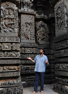 Chennakesava Temple, Belur, Karnataka.. Indian Temple Architecture, India Architecture, Ancient Architecture, Amazing Architecture, Architecture Design, Temple India, Hindu Temple, Amazing India, India Culture