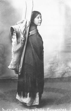 Elizabeth Chibitty Saupitty her son, Larry Saupitty- Comanche - circa 1910 Native American Pictures, Indian Pictures, Native American Women, Native American History, Native American Indians, American Pride, Native Indian, First Nations, Comanche Indians