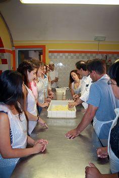 http://scuoladicucinafontegiusta.com/upload/foto-corsi-cucina-archivio-05.jpg