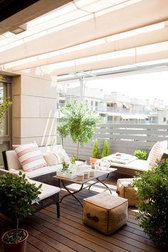 Ideas de c mo decorar el jard n o el patio con piedras - Como decorar un patio ...