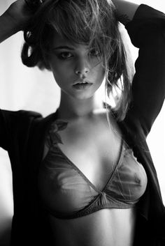beautifulwomenphotos.tumblr.com : #nipple