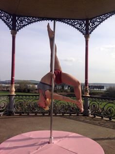 Check out this awesome dragontail variation our talented Nicole has created! We're calling it the Unicorn! Pole, Pole Dance, Pole Fitness, Pole Position Scotland, Street Poling, New move