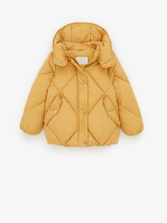 Keep your child warm in style with outerwear for girls at ZARA online. Hooded Raincoat, Hooded Jacket, Tweed, Puffer Coat With Hood, Embroidered Bomber Jacket, Oversized Denim Jacket, Knitted Coat, Kids Coats, Zara United States