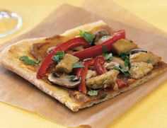 "Thai ""Chik'n"" Pizza"
