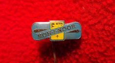 It was founded in 1790 by Joseph Hardtmuth of Austria. Each pencil was encased in a yellow cedar-wood barrel. Koh I Noor, Plastic Injection Molding, Vintage Pins, Crayon, Pin Badges, Pencil, Writing, Antiques, Ebay