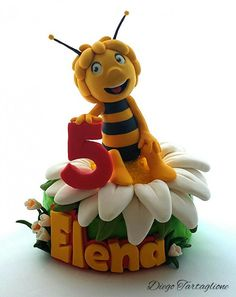 torta_ape_maia Dummy Cake, Fondant Animals, Animal Cakes, Cold Porcelain, Disney Cartoons, Cake Art, Cake Toppers, Boy Or Girl, Minnie Mouse