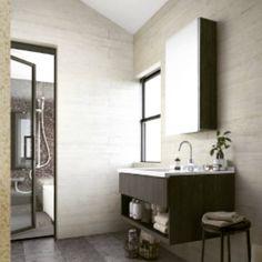 洗面台も、急遽仕様変更。 元々、幅が120センチだったのを、 よく考えたらそんなに幅要らないんじゃ、、と思い90センチにして、 その分金額が下がるから、 浮いたデザインのフロート仕様にして扉部分のグレードをあげて、 ブラックの木製に。 おまけに、お風呂もドアの枠もブラックに変更。パネル部分を思いきって、透明にしちゃおうかなと思ったけど、、やっぱり子供が大きくなった時、嫌がるかな #マイホーム記録 #マイホーム #新築 #マイホーム計画 #注文住宅 #自由設計 #三井ホーム #洗面台 #洗面所 #壁紙 #アクセントクロス #シーライン