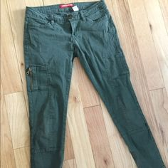 Union Bay Green Pants Army green cigarette pants with zipper pockets. Note: they are a size 3 Union Bay Pants Skinny