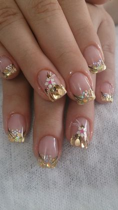 43 Best Spring Nail Art Designs to Copy in 2019 Spring Nail Art, Nail Designs Spring, Cool Nail Designs, Spring Nails, Stylish Nails, Trendy Nails, Cute Nails, Hair And Nails, My Nails