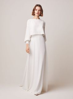 Jesus Peiro wedding dresses are filled with elegant, sophisticated wedding dresses and bridal separates - classic silhouettes with a contemporary twist. Muslim Wedding Dresses, Dream Wedding Dresses, Wedding Gowns, Bridesmaid Dresses, Wedding Cakes, Wedding Hijab Styles, Muslim Fashion, Modest Fashion, Hijab Fashion