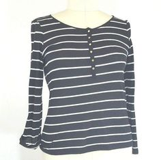 Jones New York Shirt LARGE Tee Top Women's Lightweight Knit Stripes Roll Tab EUC #JonesNewYork #KnitTop #Casual