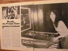 Laraine-Newman-Saturday-Night-Live-Two-Page-Vintage-Clipping