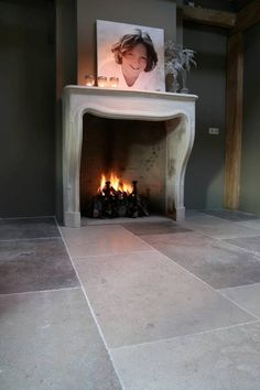Antike #Kalkstein – Opkamer antike #Bodenplatten - Französisch Naturstein Ideen | de-opkamer.de