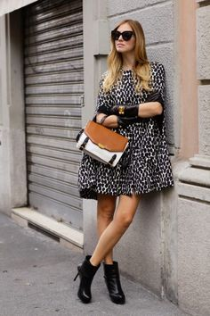 Great cape Cape Coat, Latest Fashion Trends, What To Wear, Knitwear, Msgm 60961d2d7180