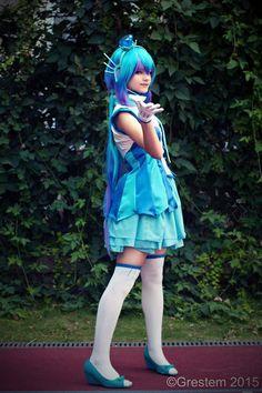 Aoki Lapis (VOCALOID3) cosplay by AnitramNoriko