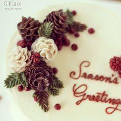 flowers for christmas cakes Christmas Cake Decorations, Christmas Cupcakes, Holiday Cakes, Christmas Desserts, Christmas Baking, Korean Buttercream Flower, Buttercream Flower Cake, Buttercream Cake Decorating, Cake Piping