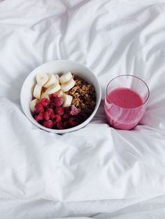 Raspberry & Banana Cereal, Strawberry Juice