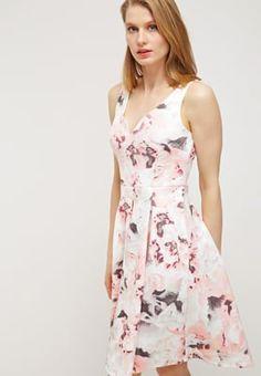 Jurken Dorothy Perkins Jerseyjurk - pink     Roze: € 49,95 Bij Zalando (op 13-5-16). Gratis bezorging & retournering, snelle levering en veilig betalen!