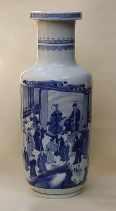 Chinese blue and white rouleau vase, Kangxi (1662-1722), of cylindrical form