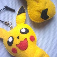 Plushie Pikachu!  #pikachu #handmade #feltcraft #kawaii Pikachu Pikachu, Felt Crafts, Plushies, Coin Purse, Kawaii, Purses, Handmade, Handbags, Kawaii Cute