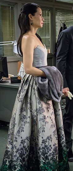 Joan's silver and green floral ombre gown on Elementary.  Outfit Details: http://wornontv.net/24995/ #Elementary
