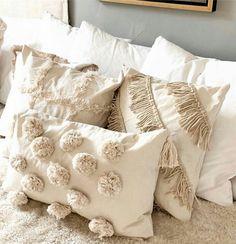 Boho Pillows, Diy Pillows, Decorative Pillows, Fluffy Pillows, Throw Pillows, Pillow Ideas, Girls Bedroom, Bedroom Decor, Moroccan Bed