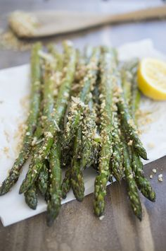 Roasted Asparagus with Garlic Breadcrumbs. This recipe is a quick and easy side dish to compliment any meal. | chefsavvy.com #recipe #healthy
