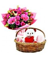 Are you in search of top-quality and affordable Love Beary online? Go for an exciting Love Beary online shopping experience only at FlowerzNCakez. Best Valentine's Day Gifts, Gifts For Your Boyfriend, Most Romantic, Valentine Day Gifts, Flowers, Ideas, Gifts For Valentines Day, Presents For Your Boyfriend, Thoughts