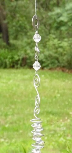 Marble Swirliing Wire Wrapped Sun Catcher Whirligig Garden Decor Yard Art Whimsy