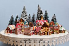 Miniature Gingerbread Houses - Christmas 2014 - Polymer Clay Food Art by Stephanie Kilgast - PetitPlat.fr