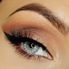 beautiful natural brown eye makeup for blue eyes