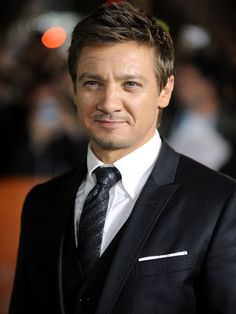 Image detail for -Jeremy Renner Height and Weight - Celebrity Height, Weight And More ...