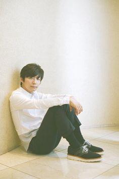 35歳の内気な独身男・健太郎の初恋と暴走を描いた『箱入り息子の恋』で、映画初主演を務めた星野源。音楽家・文筆家としても活躍中の彼が、初めて挑んだ演技アプローチとは?