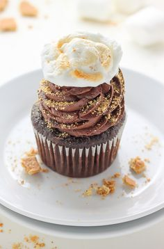 Nutella Stuffed S'mores Cupcakes | Baker by Nature