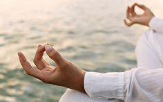 A meditação é conhecida por trazer vários benefícios para o corpo e mente, mas um novo estudo revela um dado ainda mais interessante: a prática pode ser capaz de alterar as células de pessoas que tiveram câncer de mama.