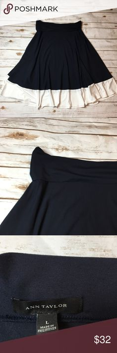 Ann Taylor fall skirt This is a navy blue and white bottom trim skirt from Ann Taylor. It is absolutely perfect for fall and in like new condition. It's perfect to wear to work but also comfy enough to wear out running errands! I ❤️ offers! Ann Taylor Skirts