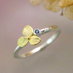 Blue Diamond Engagement Ring, Gemstone Stacking Ring, Hydrangea Blossom Sterling Silver, 18k Gold Flower Made to Order door PatrickIrlaJewelry op Etsy https://www.etsy.com/nl/listing/98448202/blue-diamond-engagement-ring-gemstone