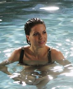 LOOK AT HER i wanna drown in that water