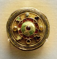 Late 6c Anglo-Saxon silver disc brooch