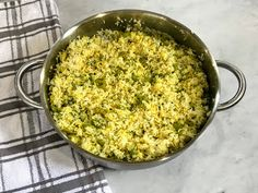 Kitchen Cactus: Rice with Fava Beans and Dill (Baghali Polo) Food Dishes, Side Dishes, Fava Beans, Fried Rice, Persian, Macaroni And Cheese, Food To Make, Cactus, Polo