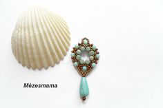 Mama Honey Pearls: Do you sell samples Seed Bead Jewelry, Seed Bead Earrings, Beaded Earrings, Beaded Jewelry, Beaded Bracelets, Diy Jewellery, Seed Beads, Jewelry Patterns, Bracelet Patterns