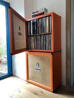 Super home studio music design vinyl records ideas - Rafael Moreno Tamariz - Guitar Storage, Vinyl Record Storage, Lp Storage, Book Storage, Vinyl Shelf, Cable Storage, Home Studio Musik, Music Studio Room, Stockage Record